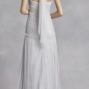 Vera Wang Dresses - Vera Wang Bridesmaid dresses.
